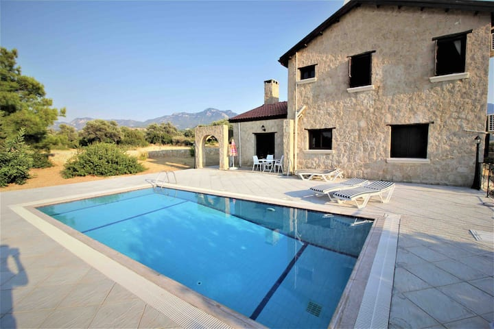 Villa Oleander with private pool and garden!