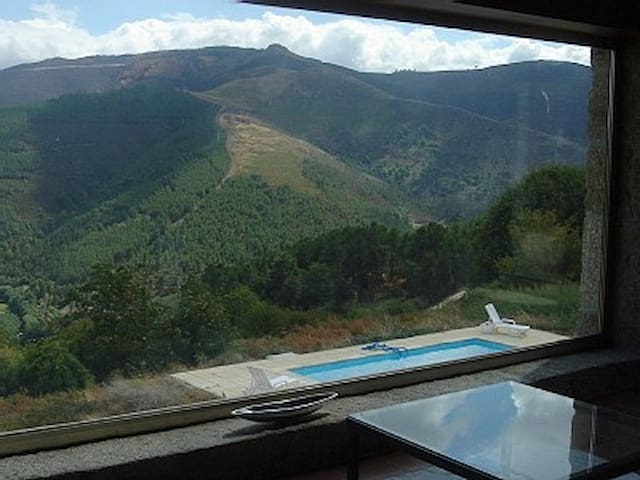 Mountain House with swimming pool - Lamego