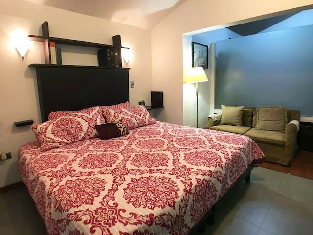 Gorgeous, cozy flat, top-notch comfort!