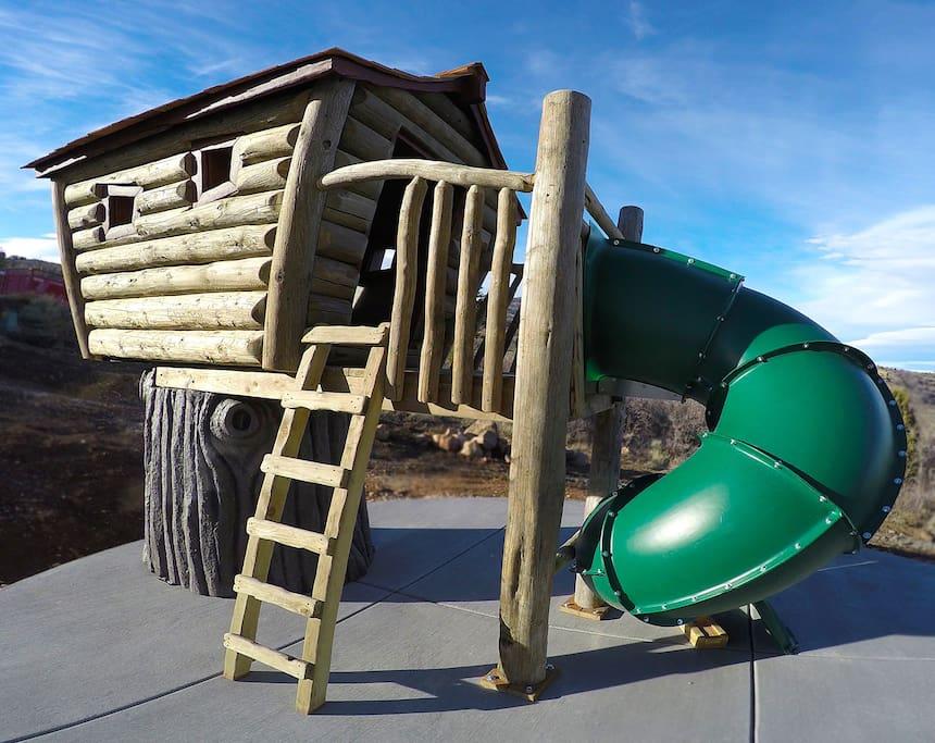 Fun playhouse outside!