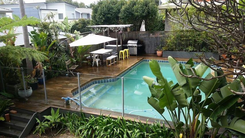 3 Bedroom Gem on Northern Beaches with Pool - North Manly - Other