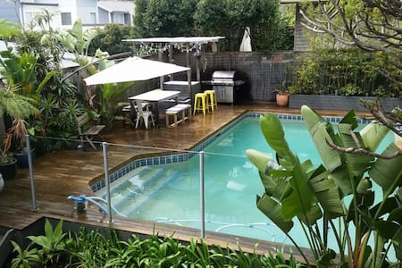 3 Bedroom Gem on Northern Beaches with Pool - North Manly