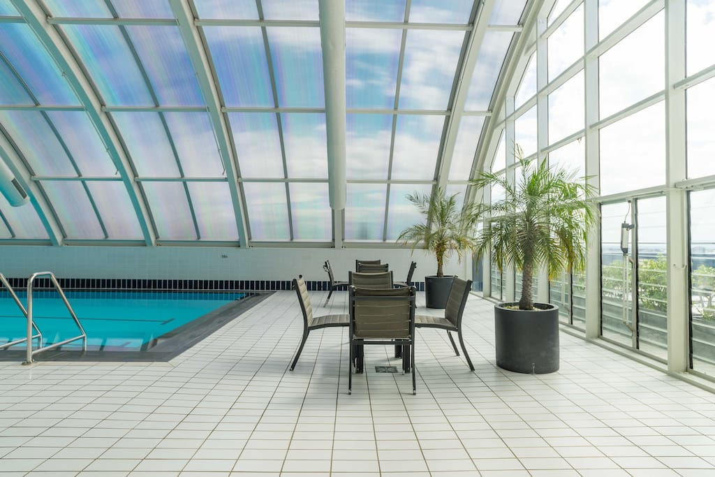 a 25m indoor lap pool on the roof