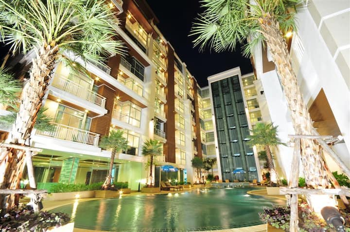 Pool View Apartment in modern condo/hotel complex