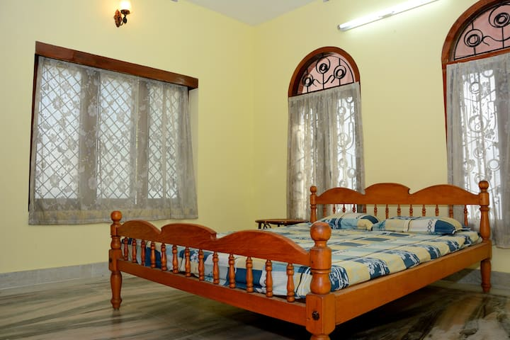Clean Private room@Saatwika - Thiruvananthapuram - บ้าน