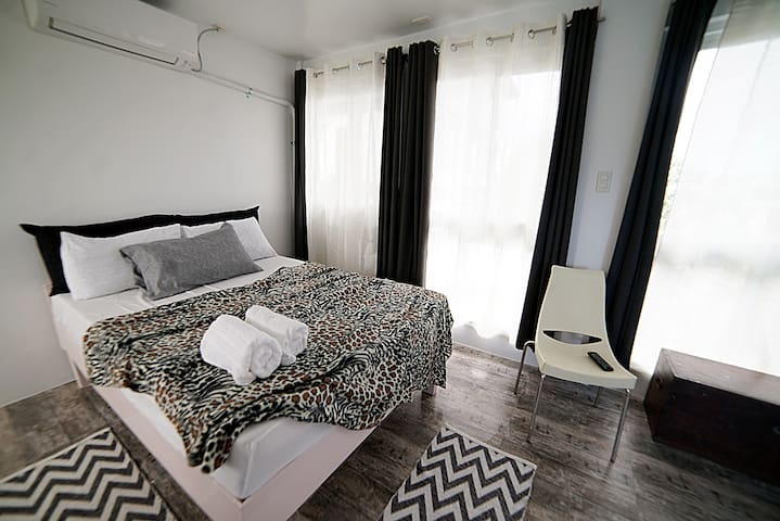 Spacious Modern Apartment near Robinsons Ilocos