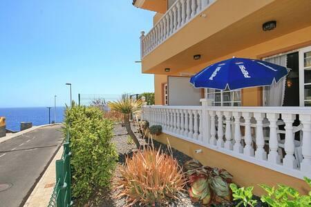 Schöne Ferienwohnung mit Pool - Puerto de Naos