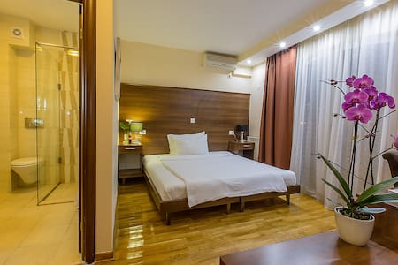 Cozy room in Hotel M - Podgorica