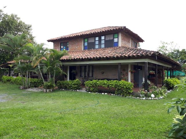 Casa de campo Madre Tierra