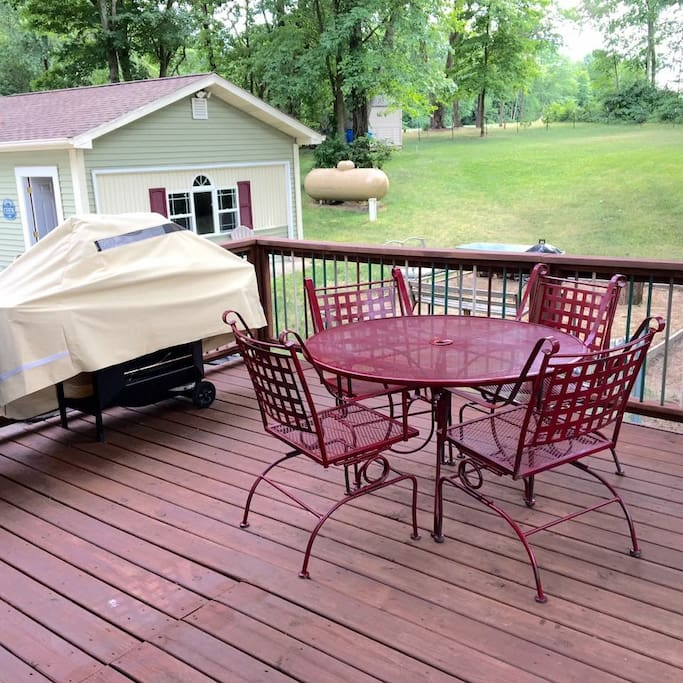Outdoor deck with grill