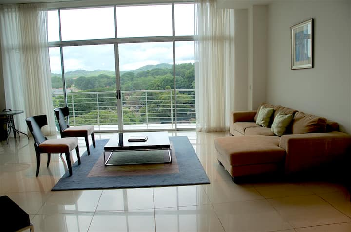 Luxury Mountain Village View 2 bedroom Condo 704