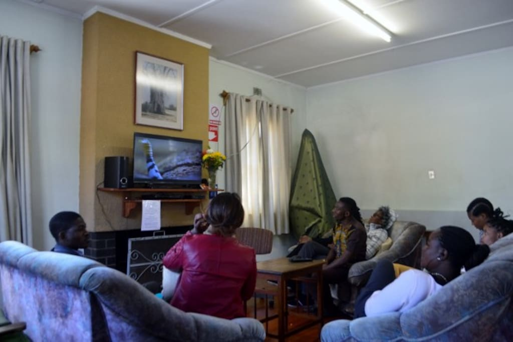Common Lounge, watch TV and chat