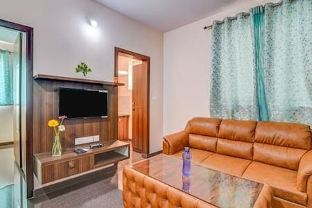 Entire premium flat 1 BHK with kitchen - P3