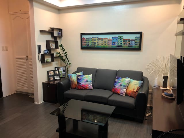 One Bedroom Condominium near Araneta Center Cubao