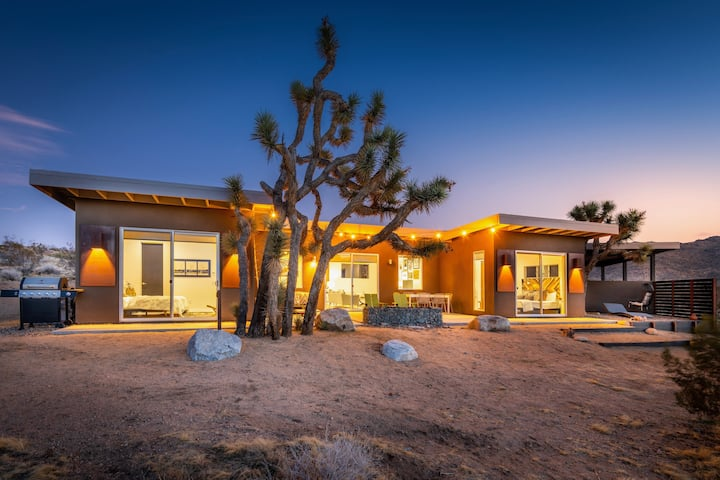 Shelter 1: High Style Modern A Mile From Joshua Tree National Park