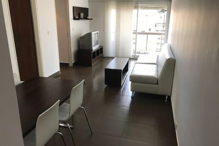 Apartamento luminoso en Retiro - Buenos Aires - Apartment