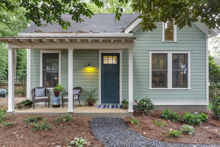 Chic Cottage in Inman Park Long Term Options Avail