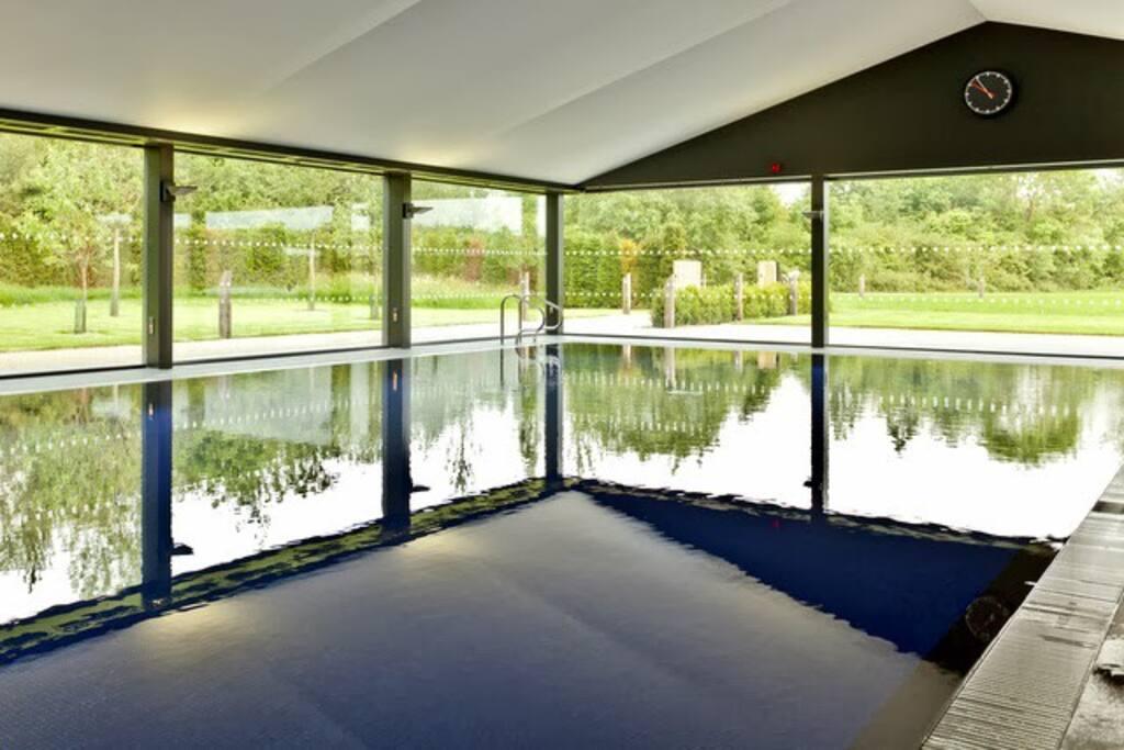 On site spa 20 meters heated pool