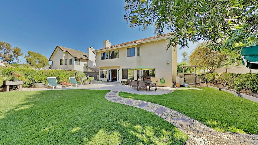 Beautiful Carmel Valley Home High Ceilings, Spacious, Remodeled, Lovely Backyard