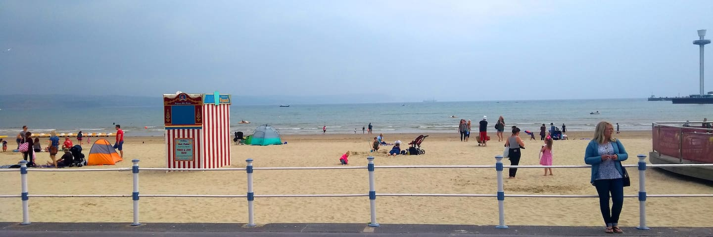 Good Companions seaside escape
