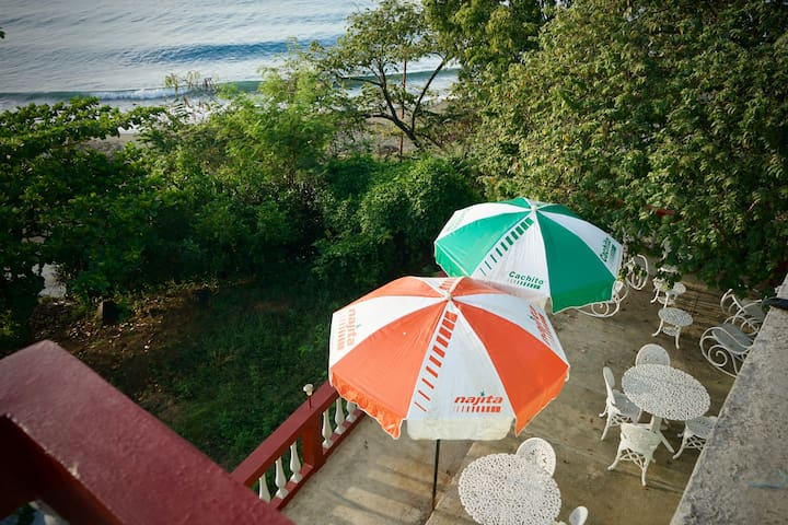 Casa Hola - 3 rooms  (4th Room separate listing)