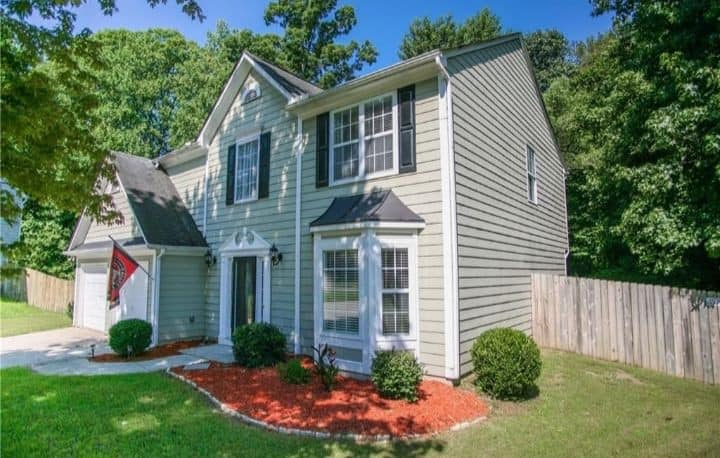Clean & Fresh Private Home near I-985 and I-85
