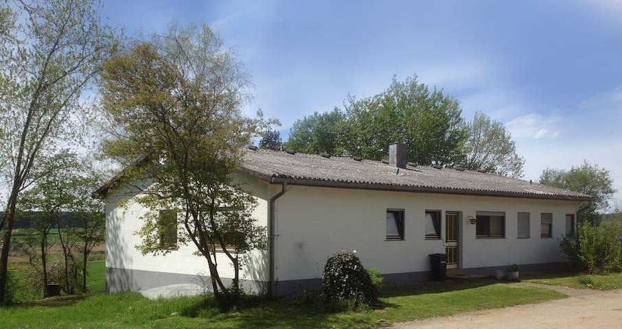 Ferienwohnung Himmelreich auf dem Schellenberg - Waldachtal - House