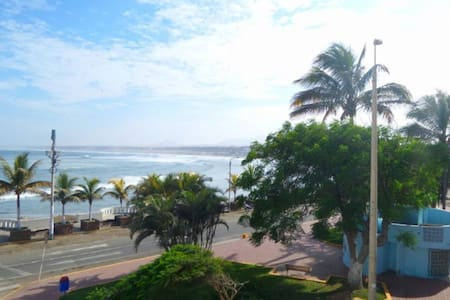 Ocean view front row entire condo in Huanchaco 4th - Huanchaco - Appartement