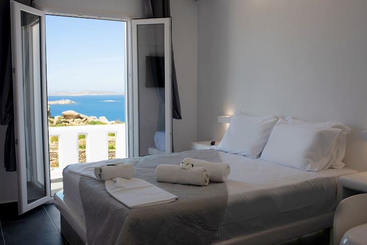 Deluxe Double Room with sea view & kitchen