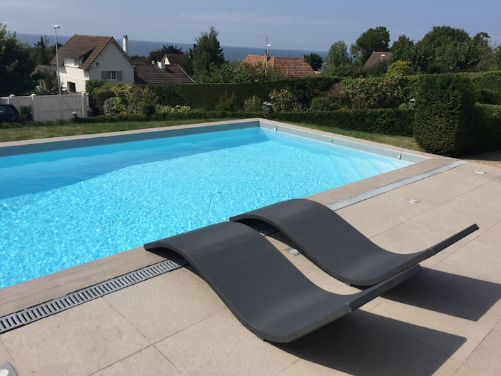 DEAUVILLE (Blonville) SEA VIEW LUXURY VILLA
