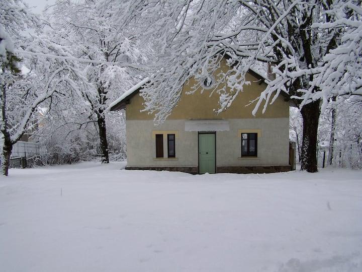 Maison de montagne calme dans bourg