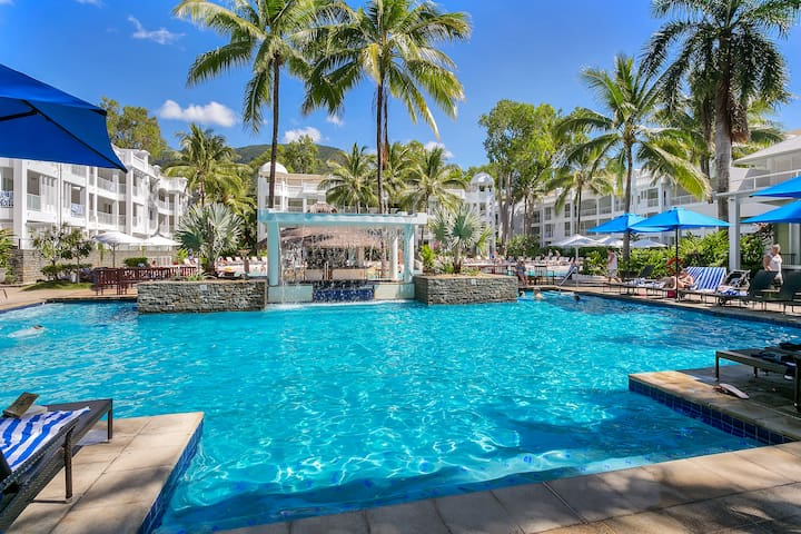 5426 One Bedroom Suite @ The Beach Club, Palm Cove
