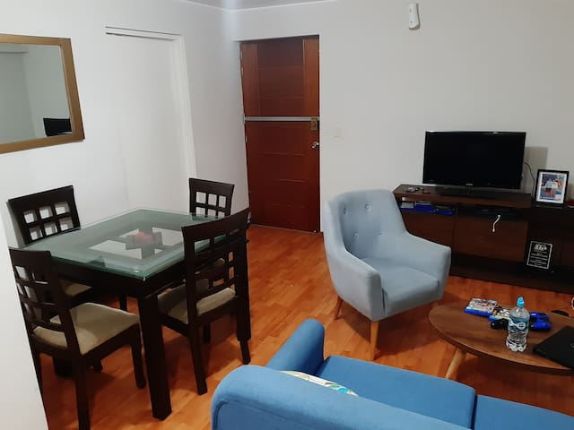 Room 10 mins walk to Miraflores