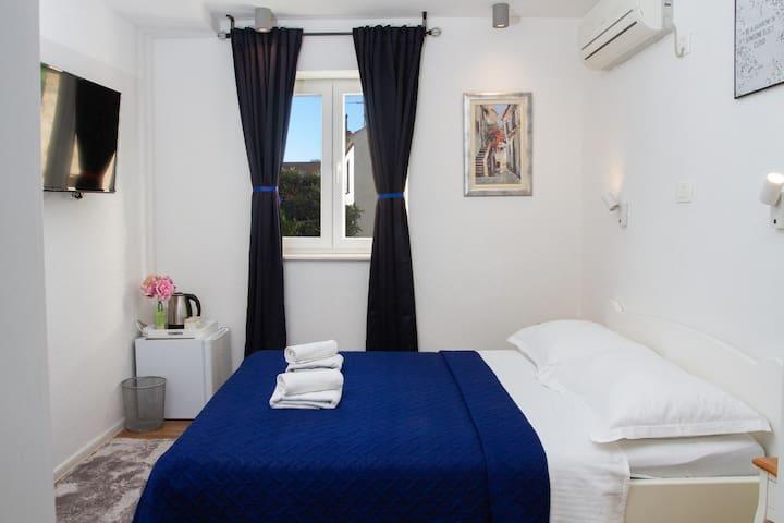 2nd floor, bedroom 1