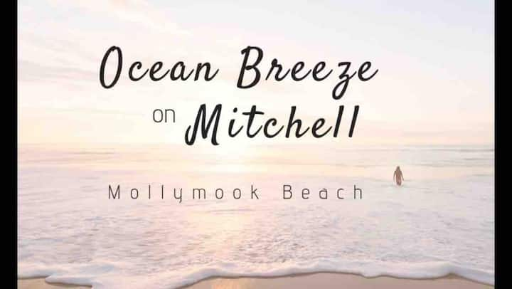 A Perfect Beach Retreat in the Heart of Mollymook