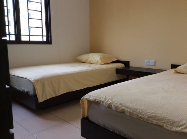 Room for rent, 2 person max. - Kuala Lumpur - Apartment