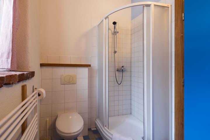 Apartmán 15 · Čtyřlůžkový apartmán se 2 ložnicemi a terasou