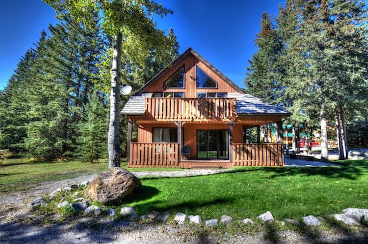 #140 Executive Four Bedroom Chalet