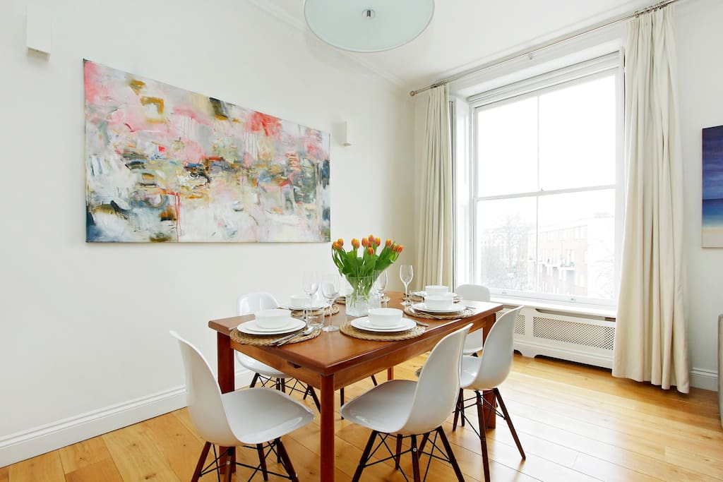 Dining table, seats 6 easily, or can extend to 8