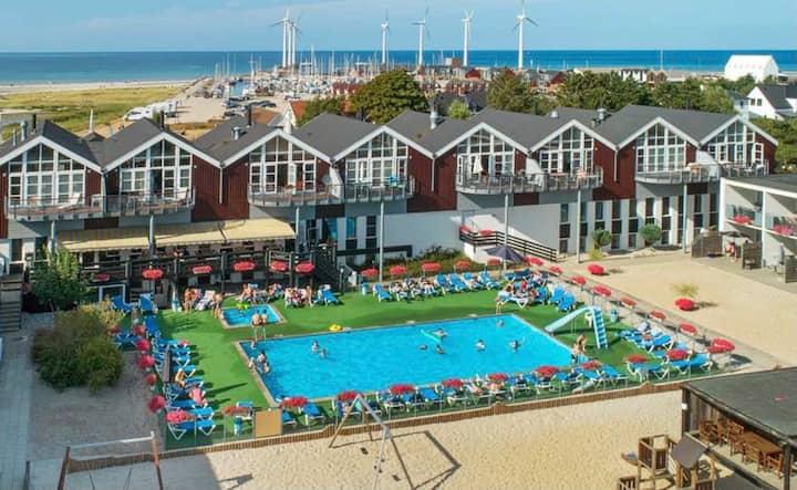 Ferielejlighed på feriecenter tæt ved stranden....