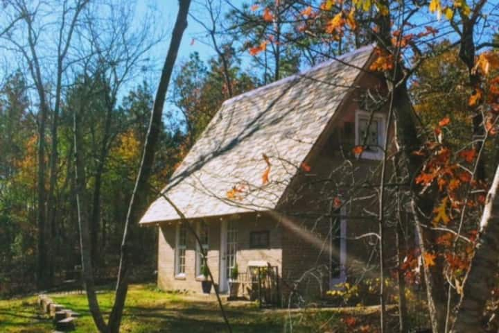 Congaree Vines - Woodland Cottage by a Vineyard!