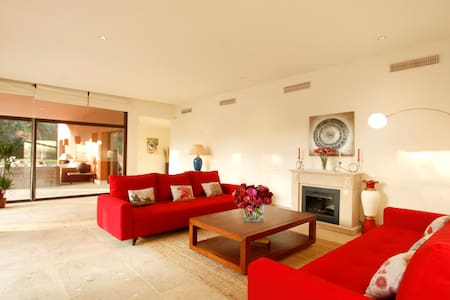 Villamed the confort of 5 stars hotel only for you - San Roque - Villa