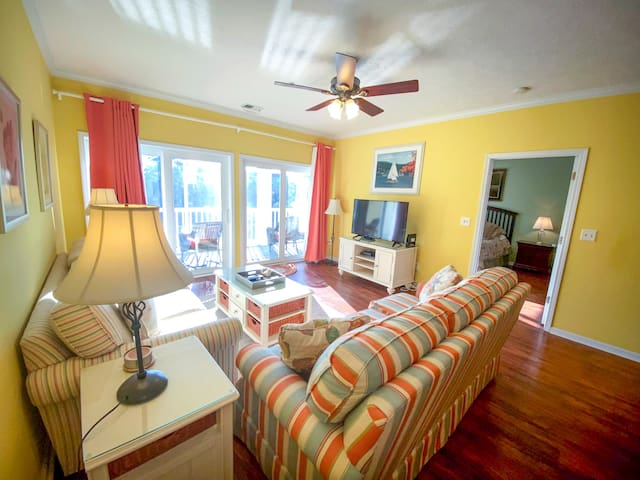 Ocean Keyes. Gated community.  Walking distance to beach. 3 bedroom, 2 bath condo. Sleeps 10. Outdoor pools, jacuzzis, fitness center, tennis courts. Golf cart allowed. No pets, no motorcycles.  Families only.  No student groups.