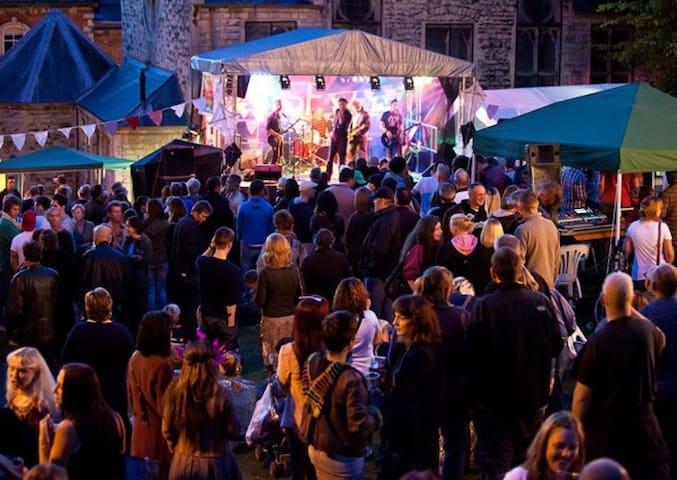 Stroud loves a festival!