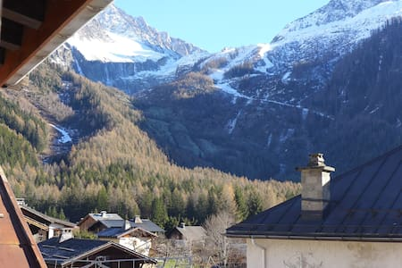 Comfy Basic Mountain Base - large studio apartment - Chamonix