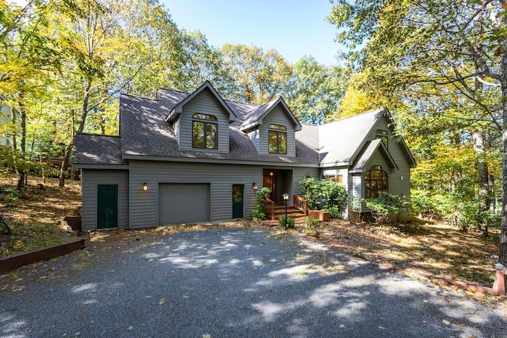 Sep Available - Mountain House on Golf Course