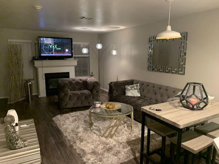 Very nice apartment close to downtown Denver