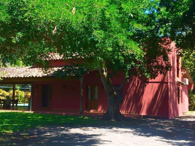 Hermosa Villa Valentina para 8 personas( máximo 10 )