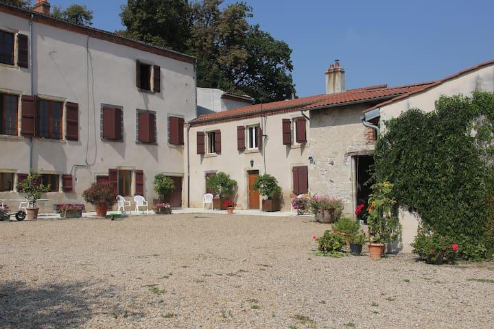 La Martre - Reignat - Dům