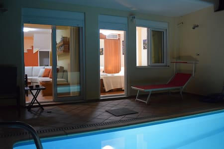 Pool & view 140m² on athens Hill - Athina - Villa